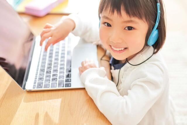苦手科目など、お子さまのレベルに合わせて学習できます。学校や塾などの補習におすすめです。
